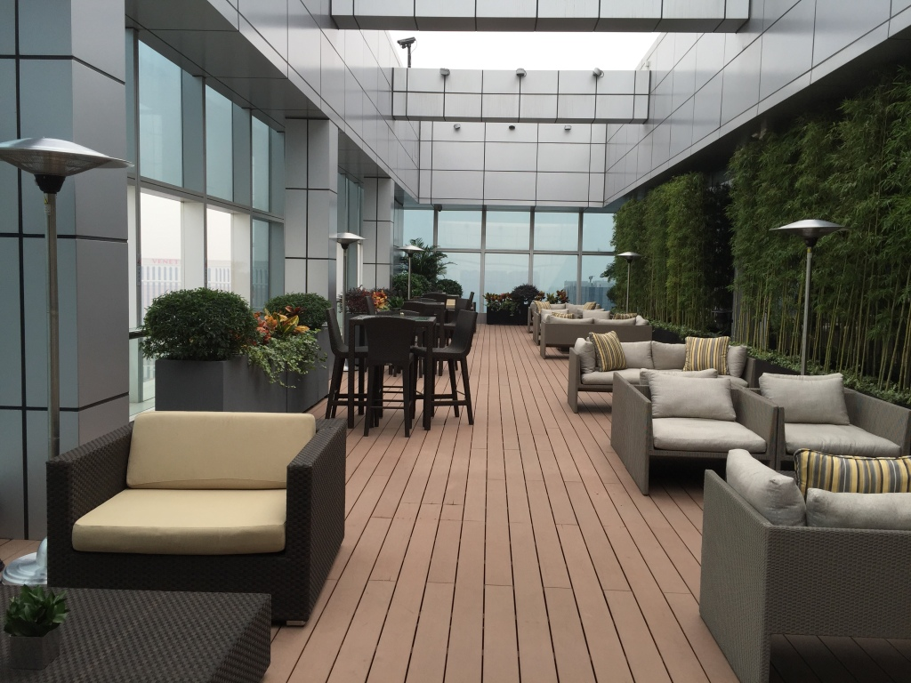 Grand Club Outdoor Seating
